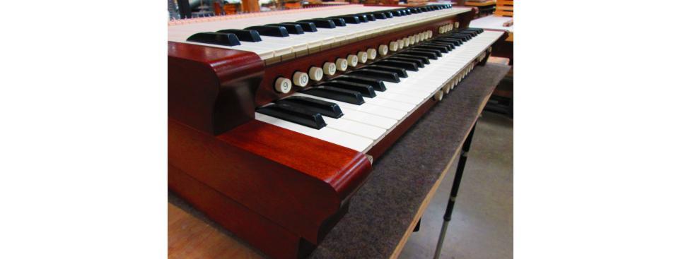 Consoles & Parts - Organ Supply